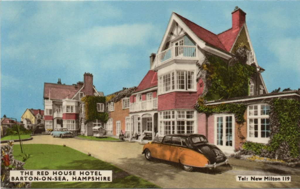 Red House Hotel in Colour