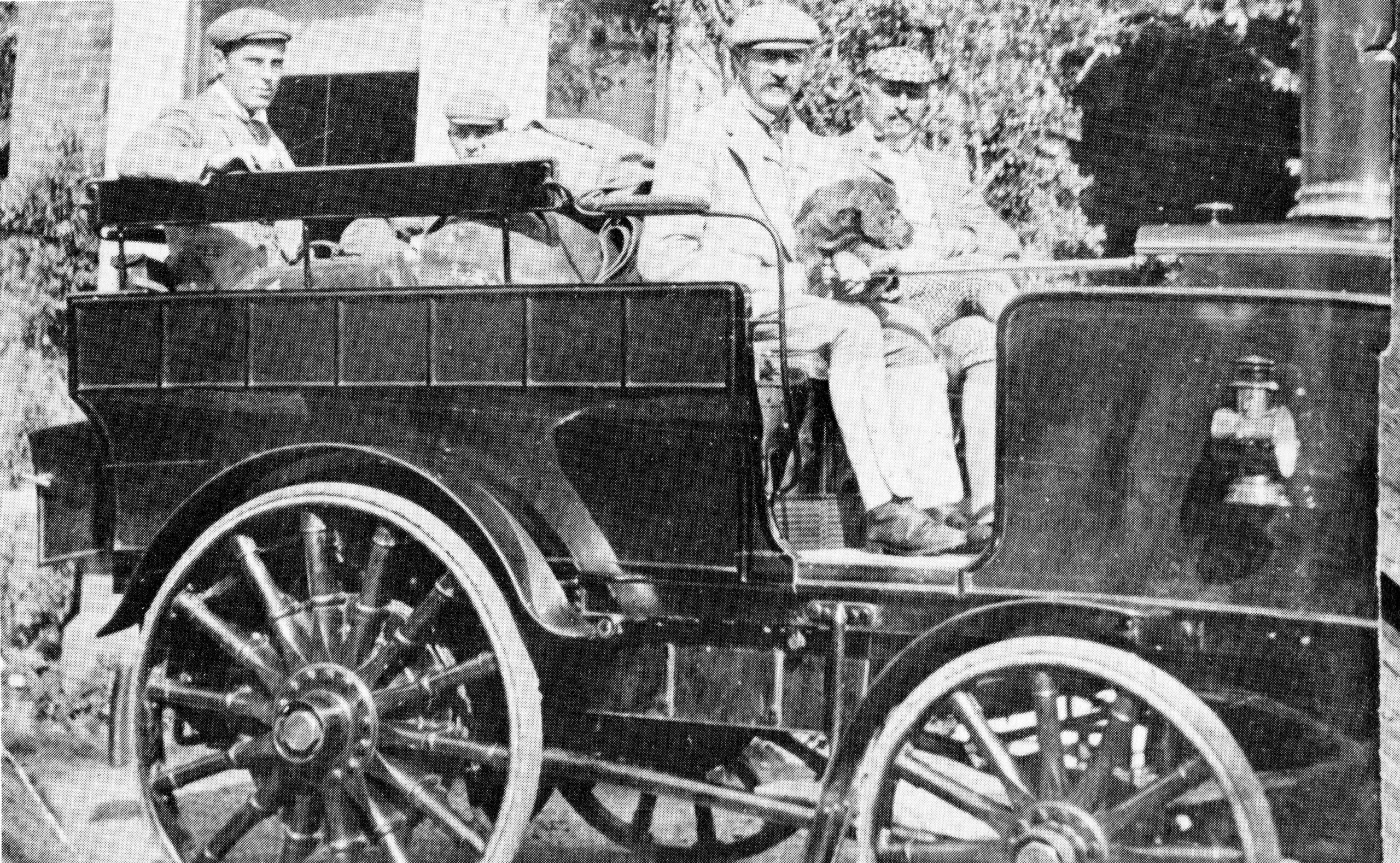 I:\New Milton Photographs and History\Wotton\Article for publication\Photo 4 Charles Dallas at the wheel of steam car. Jack Card sat in the back..jpg